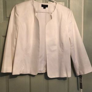Tahari ASL White 3/4 Sleeve Collarless Blazer